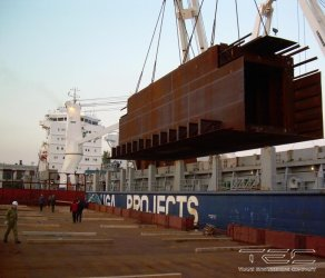 2008 Transportation of drilling platform sections (8 fleet units were used)
